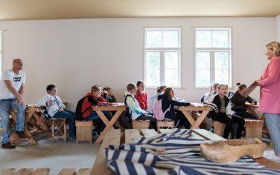 Eerste rondleiding van het schooljaar in Nationaal Monument Kamp Vught